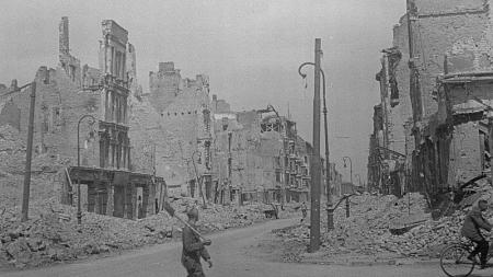 Destroyed buildings and rubble in Dresden
