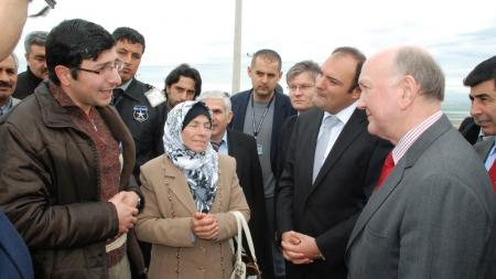 British ambassador speaking to refugees in Turkish camp